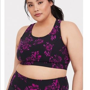 Plus size 3 Torrid Sports Bra NWT